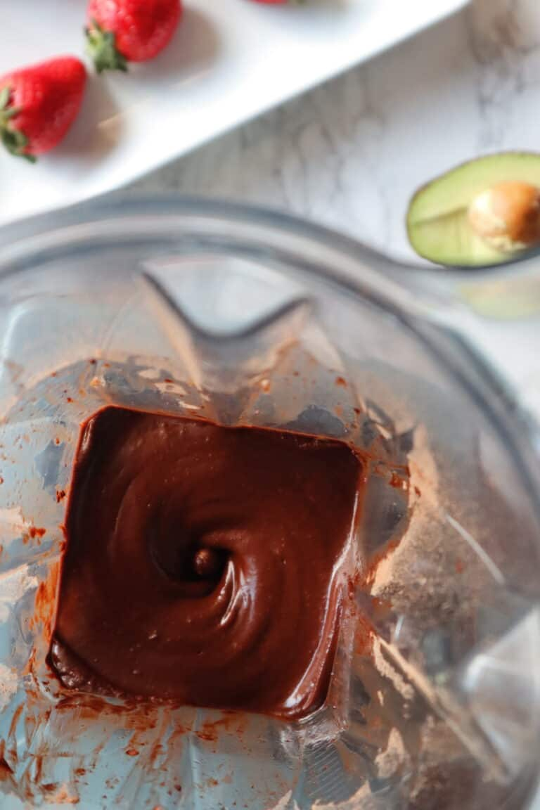 cacao cream made in a blender