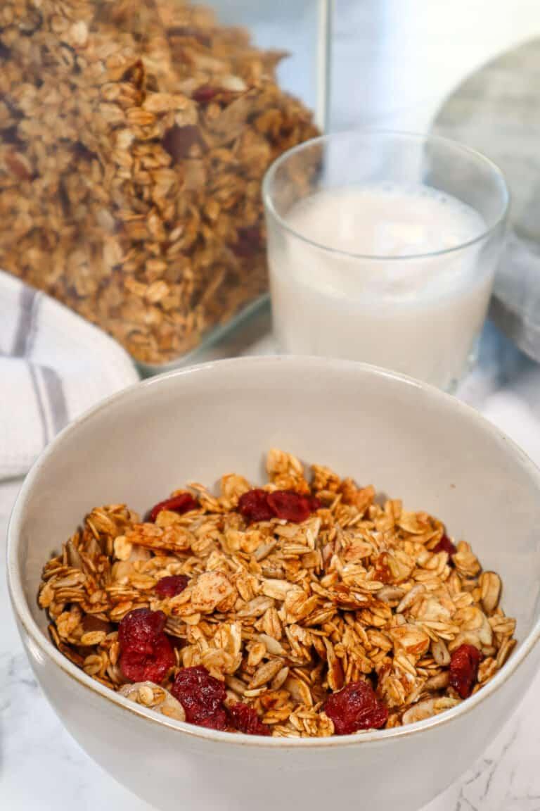 homemade granola breakfast cereal