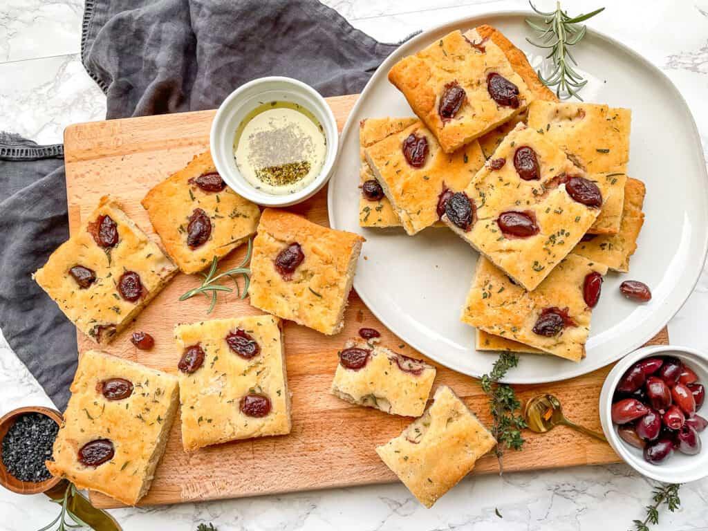 focaccia mediterranean gluten free with olives rosemary garlic