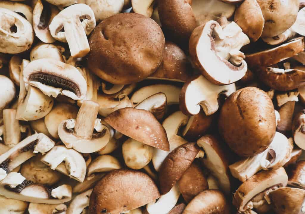 variety of mushrooms needed for mushroom and rice soup